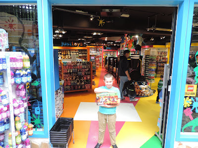 centre parcs longleat plaza shop for kids