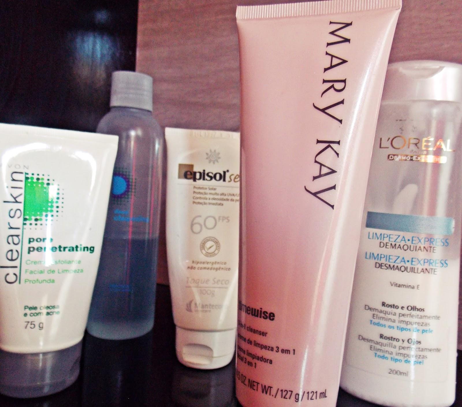 Produtos para limpeza de pele.
