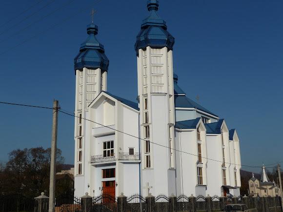 Подорожі містамі та селами України. Свалява. Церква Різдва Пресвятої Богородиці