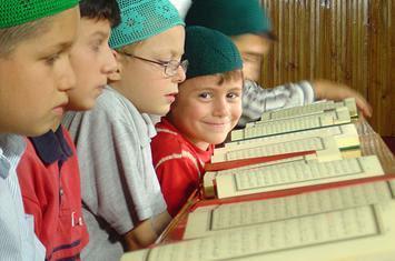 Mengapa membaca Al Qur'an itu penting ?