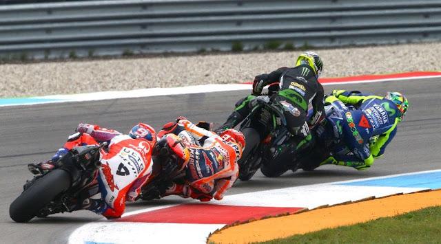 Johann Zarco Serang Balik Valentino Rossi
