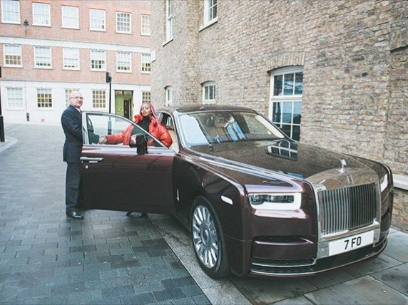 Billionaire Otedola Daughter's DJ Cuppy acquires a brand new rolls Royce