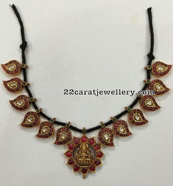 Black Thread Mango Set Black Beads Chain
