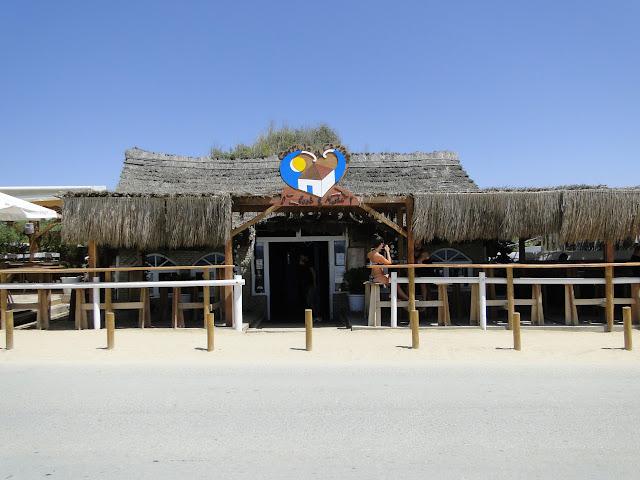 Chiringuito en la playa del Palmar
