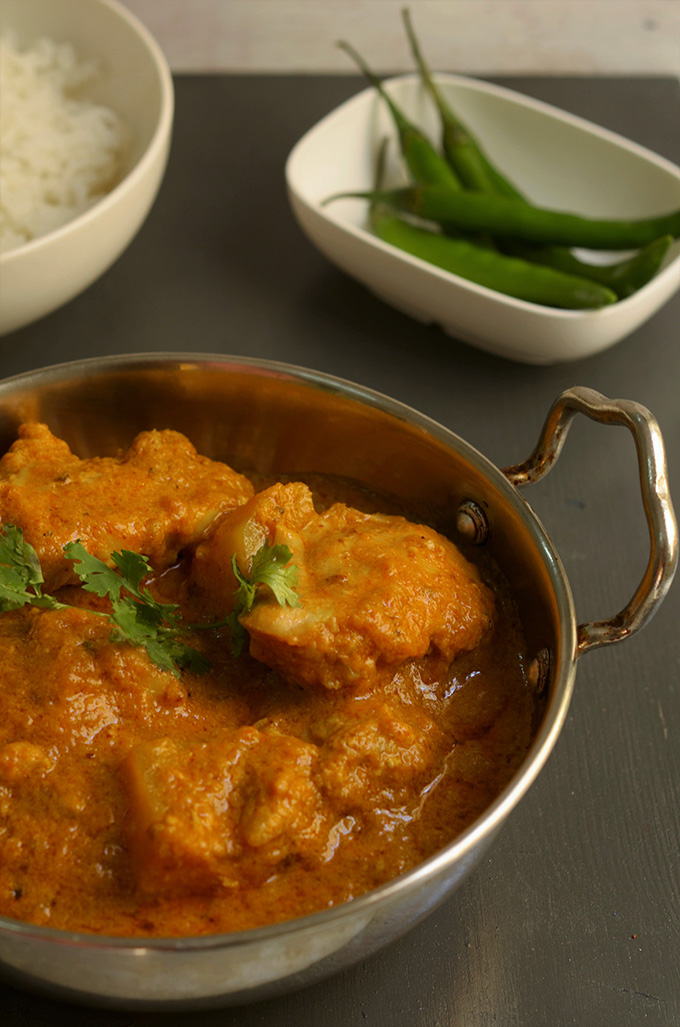 rich indian chicken curry