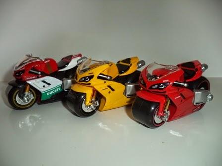 DIECAST MINIATUR MOTOGP REPLIKA MOTOR MOBIL VESPA ...