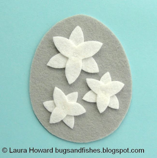 secure the narcissi petals