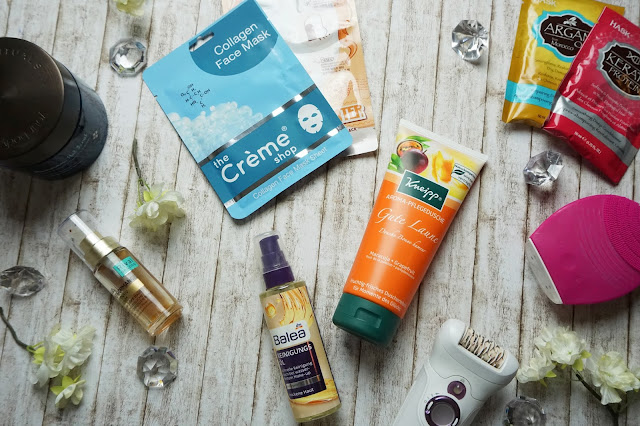Jahresfavoriten Pflege, Foreo Luna Dupe. Hask - Deep Conditioner, Kneipp - Aroma-Pflegedusche Gute Laune, Sheetmasks, Rival de Loop - Age Performance Intensiv Serum, Braun - Silk-épil 9, Balea - Reinigungsöl, Rituals - Hammam Hot Scrub sea salt body scrub