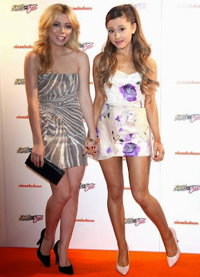 "Ariana Grande & Jennette McCurdy -Nickelodeon show ""Sam & Cat"" Premiere in London"
