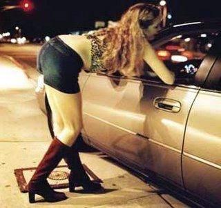 prostitutas cerca significado de lenocinio