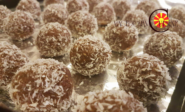 wafer chocolate balls