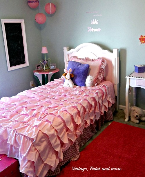 Vintage, Paint and more... pink girly girl room made with thrifted, recycled and upcycled projects
