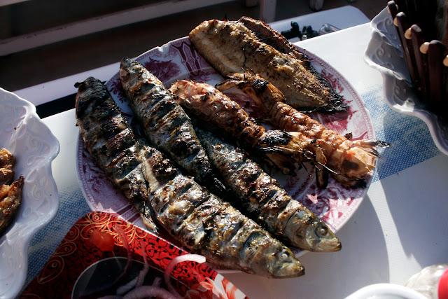 Parrillada de pescado y marisco en Essaouira