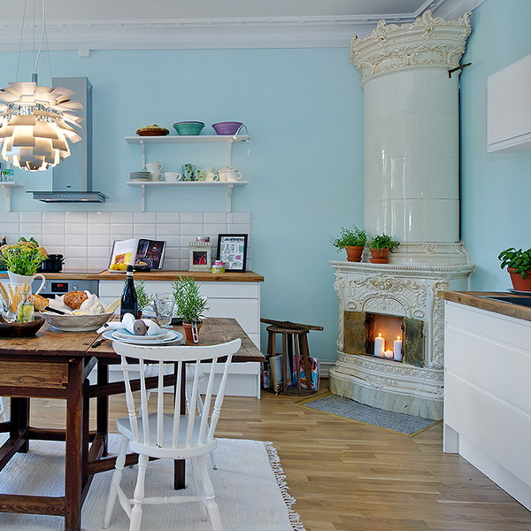 Traditional Swedish Interior Design: Nordiska Style: Antique Swedish Tiled Stoves