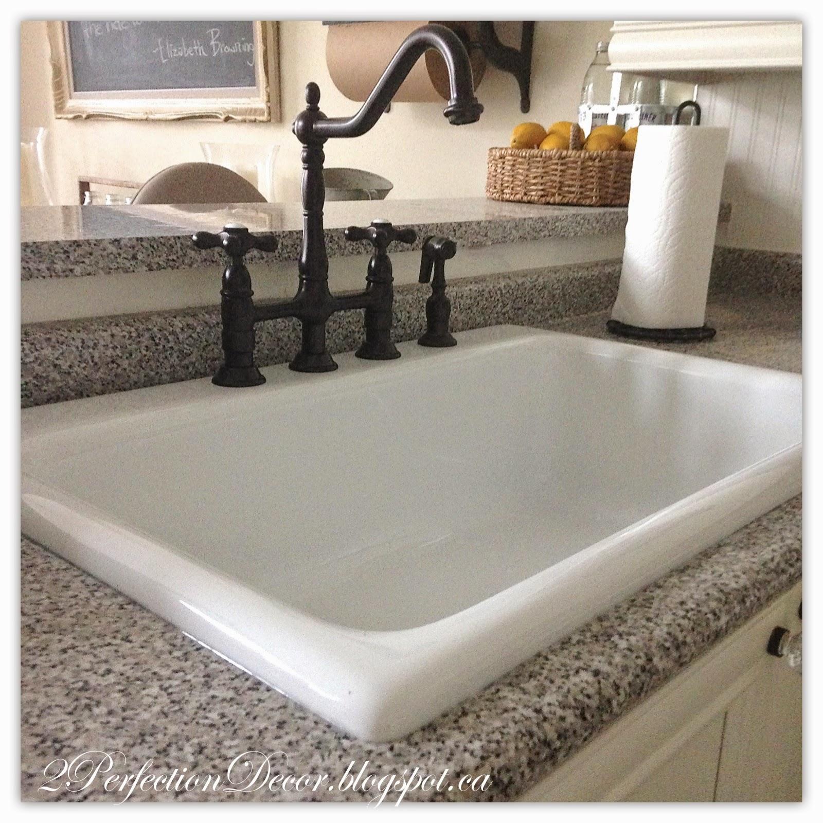 White Round Kitchen Sink