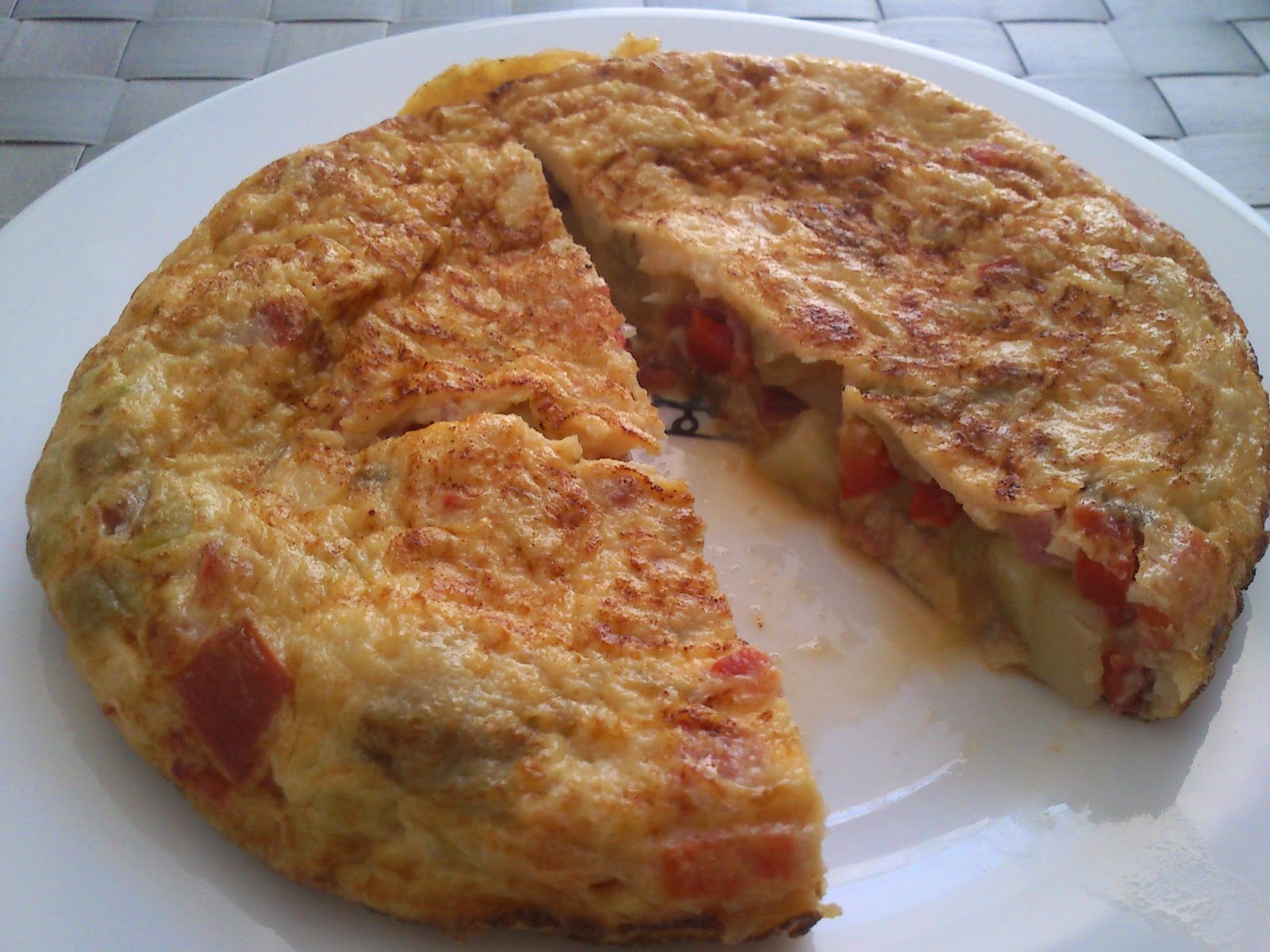 De pucheros y otros tortilla de patata y verduras en el - Tortilla en el microondas ...