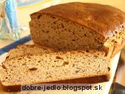 Špaldový kváskový chlieb s ovocím - recept