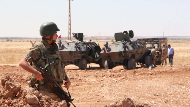 Τουρκικά πυρά κατά δυνάμεων Άσαντ! Η Άγκυρα δηλώνει ότι απάντησε σε συριακά πλήγματα