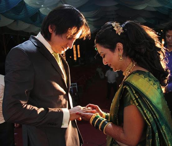 indian weddings, girls in indian attires, ananya's wedding, girlfriends, indian marriage
