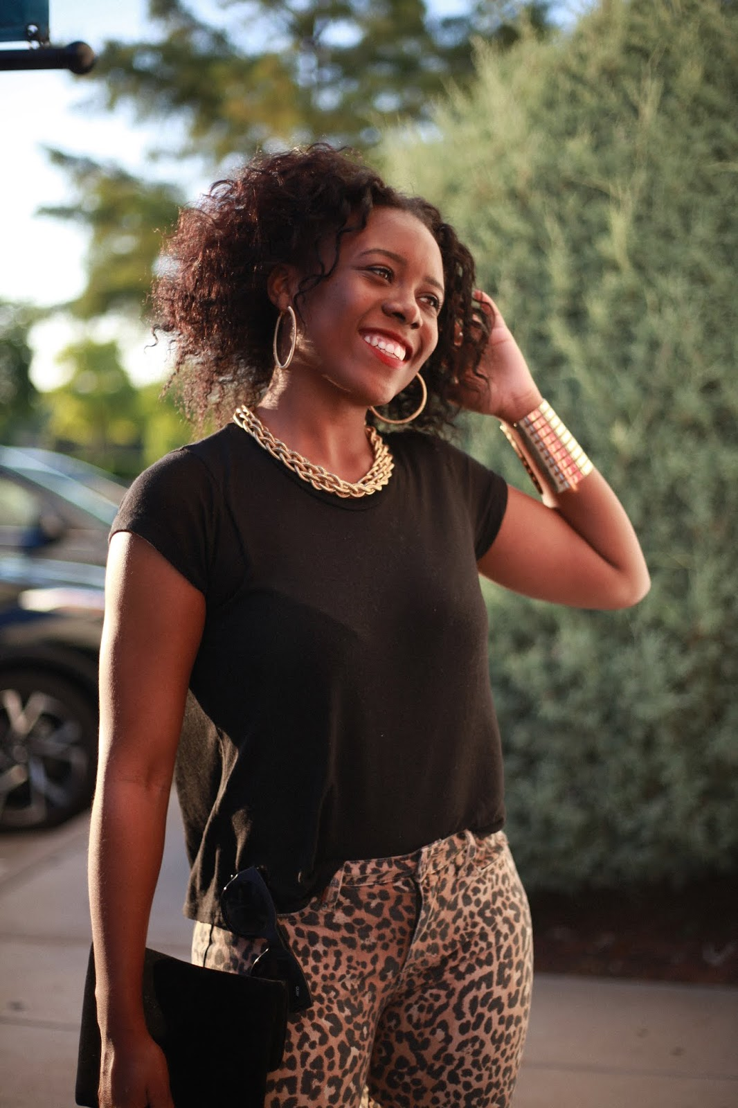 leopard lady: a tee and jeans combo