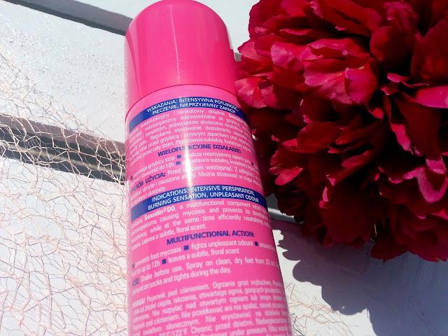 Czy dezodorant do stóp od Farmony likwiduje przykry zapach?