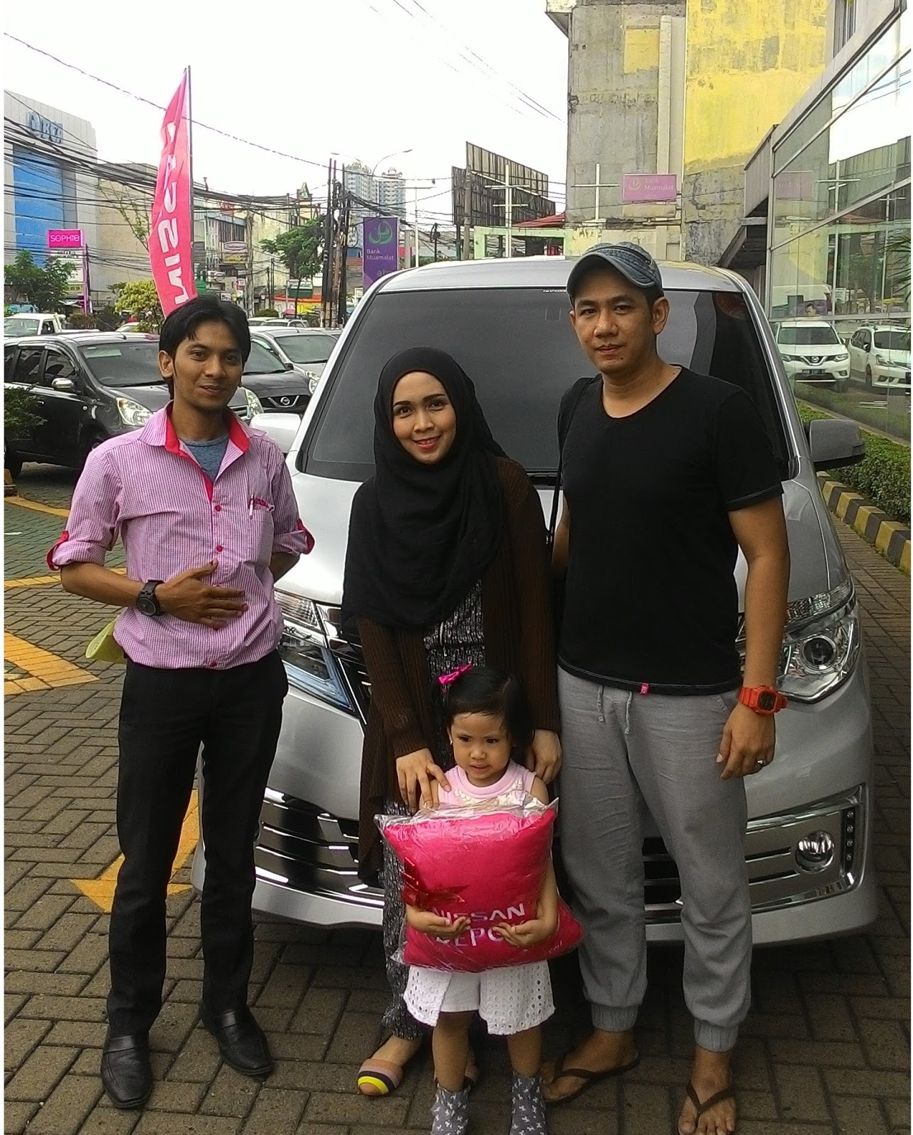 Terimakasih atas kepercayaan Bro Ricky & Keluarga yg telah membeli Nissan New Serena Autech melalui media www.touchnissan.com.  Semoga Berkah ya Bro...