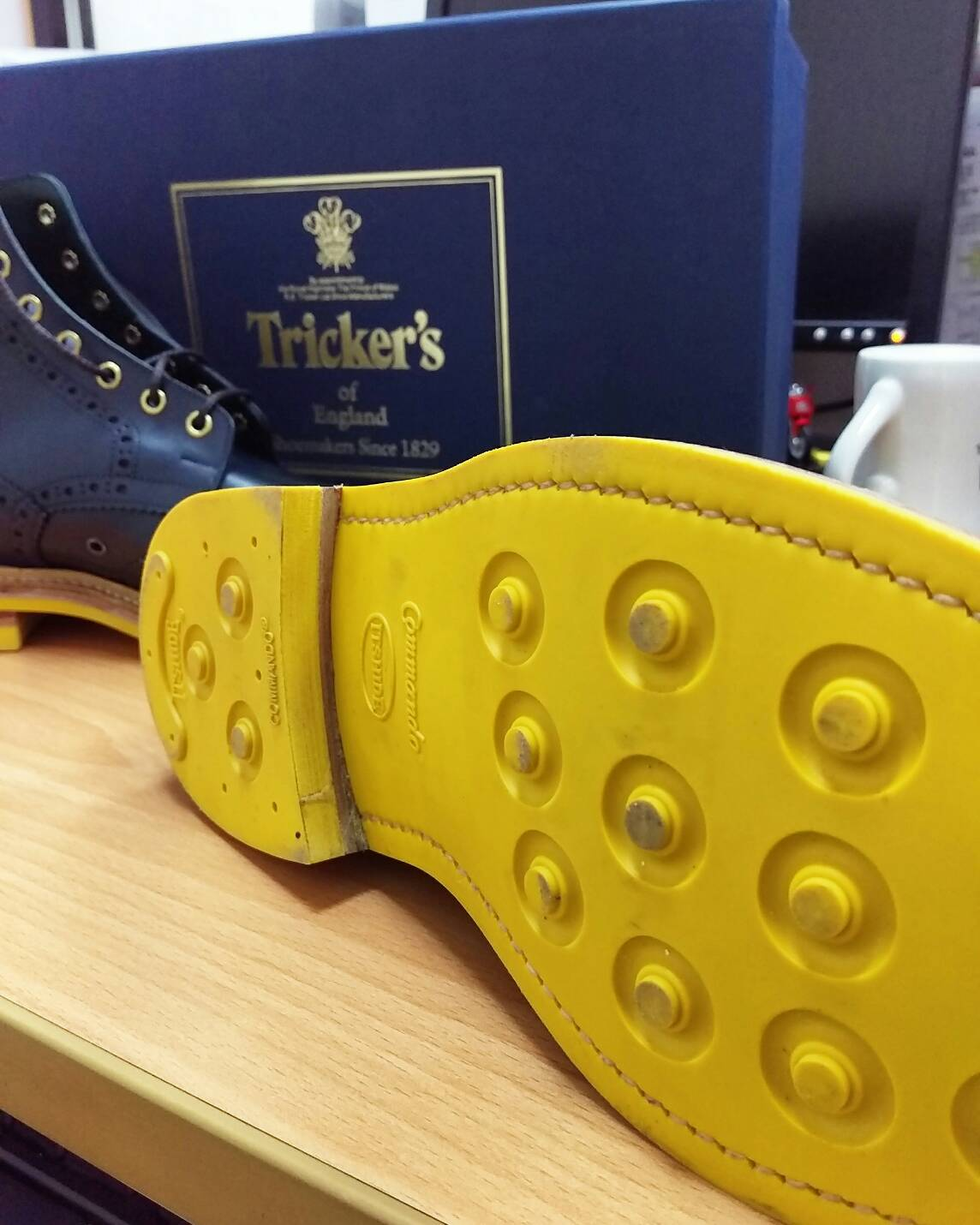 Tricker's Commando Sole Stow Boots Navy