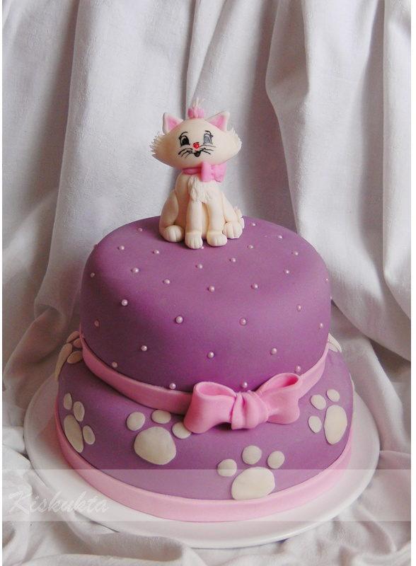 cicás torta képek Kiskukta torta: Cicás torta Macskaarisztokraták cicás torta képek