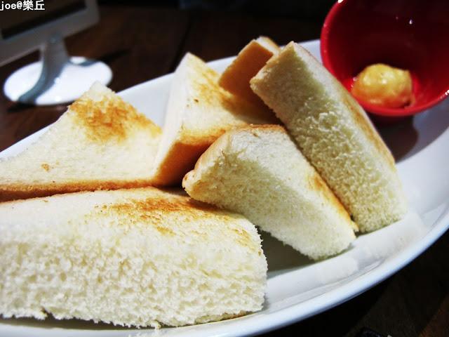 IMG 6860 - 【台中美食】樂丘廚房 獨創美式鬆餅堡 || 燉飯 || 義大利麵 || 烈日鬆餅 || 每樣都好好吃 甜品控的最愛!!!