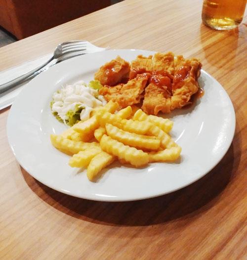 Momo_milk_barn_bogor_yasmin_menu_chicken_fillet