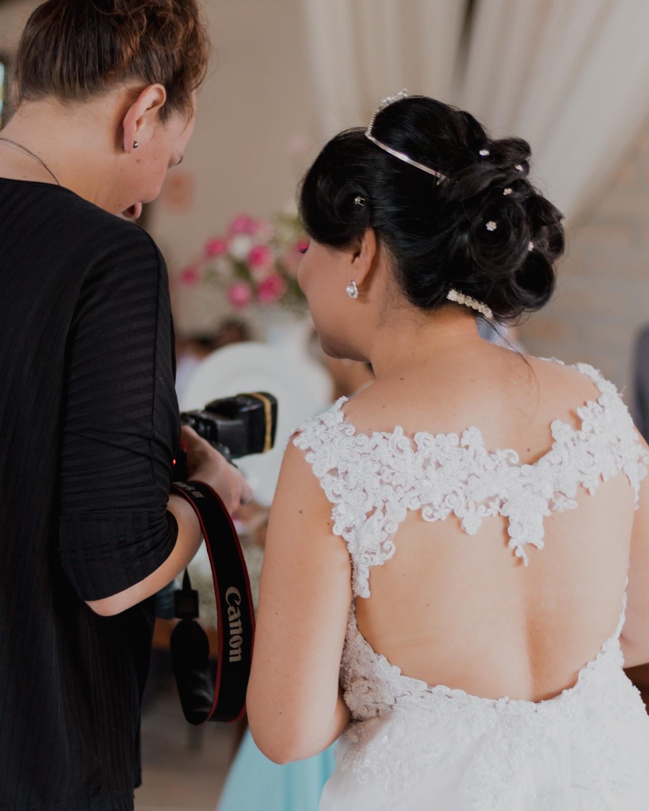noiva e fotógrafa no casamento