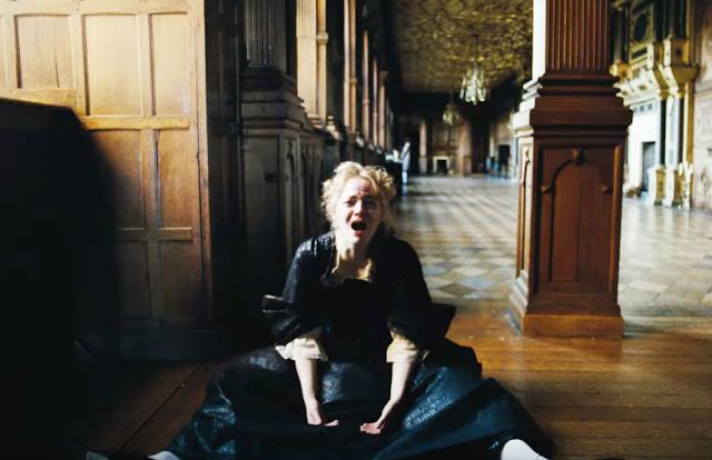 فيلم The Favourite.. قصة درامية حول ملكة إنجلترا وخادمتيها بينما البلاد في حرب مع فرنسا خلال القرن 18 عشر
