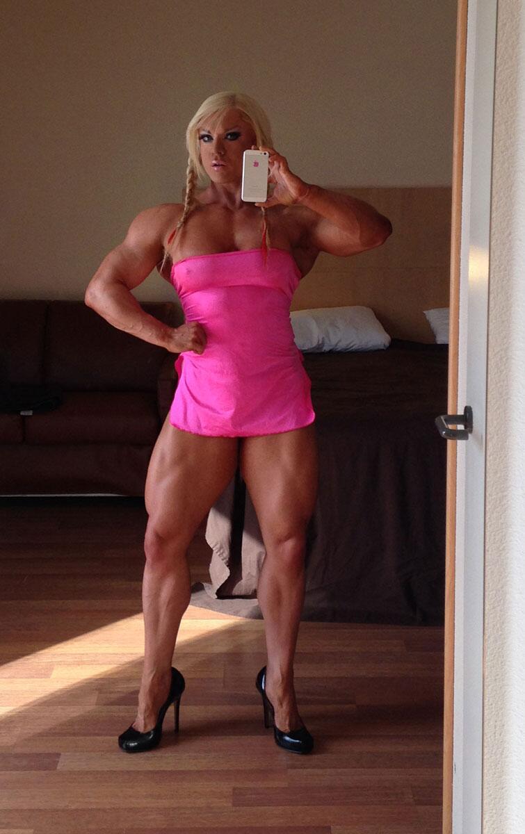 Lisa cross female bodybuilding muscular female - Lisa cross fbb ...