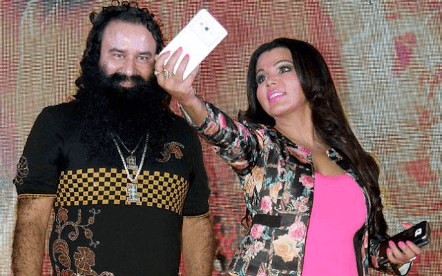 Gurmeet Ram Rahim Insan With Rakhi Sawant Dera Sacha Sauda Sirsa HD Wallpaper Picture & Photo