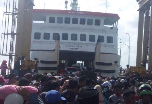 Pemerintah Upayakan Tambahan, Trip Kapal Feri Ke Wil. Kepulauan