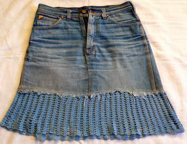 как сделать костюм из старых джинсов. The skirt of old jeans.