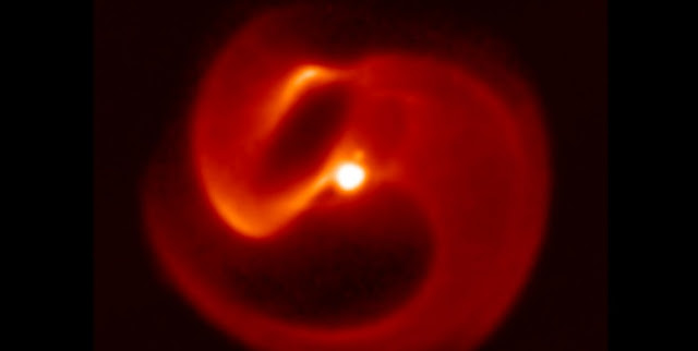 This is an image of Apep captured at 8 microns in the thermal infrared with the VISIR camera on the European Southern Observatory's VLT telescope, Mt Paranal, Chile. Credit: University of Sydney/European Southern Observatory