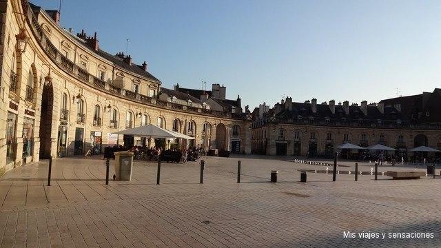 Plaza de la Liberatión, Dijon, Borgoña, Francia