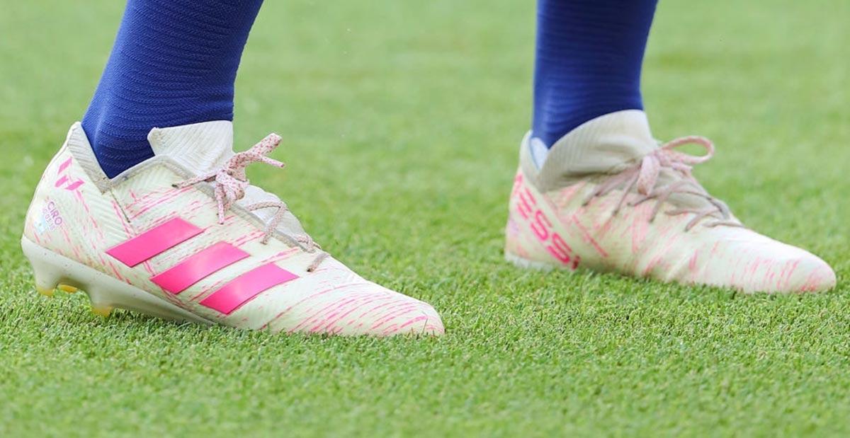 identificazione implicazioni Oswald  Messi Receives Modified Next-Gen Adidas Nemeziz 19.1 With Unique Tongue -  Footy Headlines