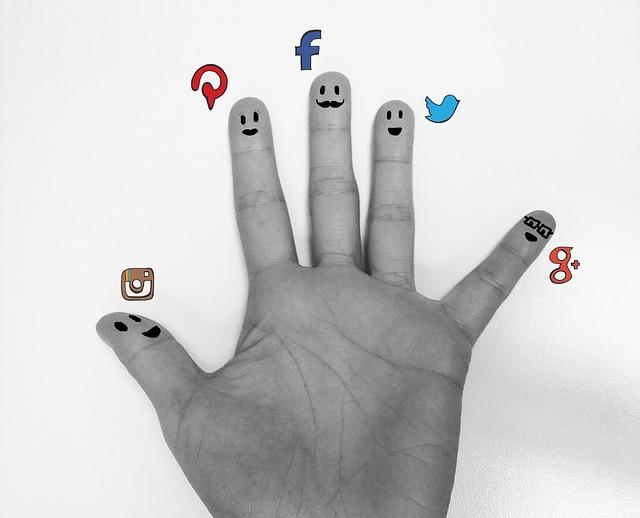 emoticones, emojis, ASCII, redes sociales, facebook, simbolos