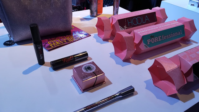 idee regalo make up - benefit_02