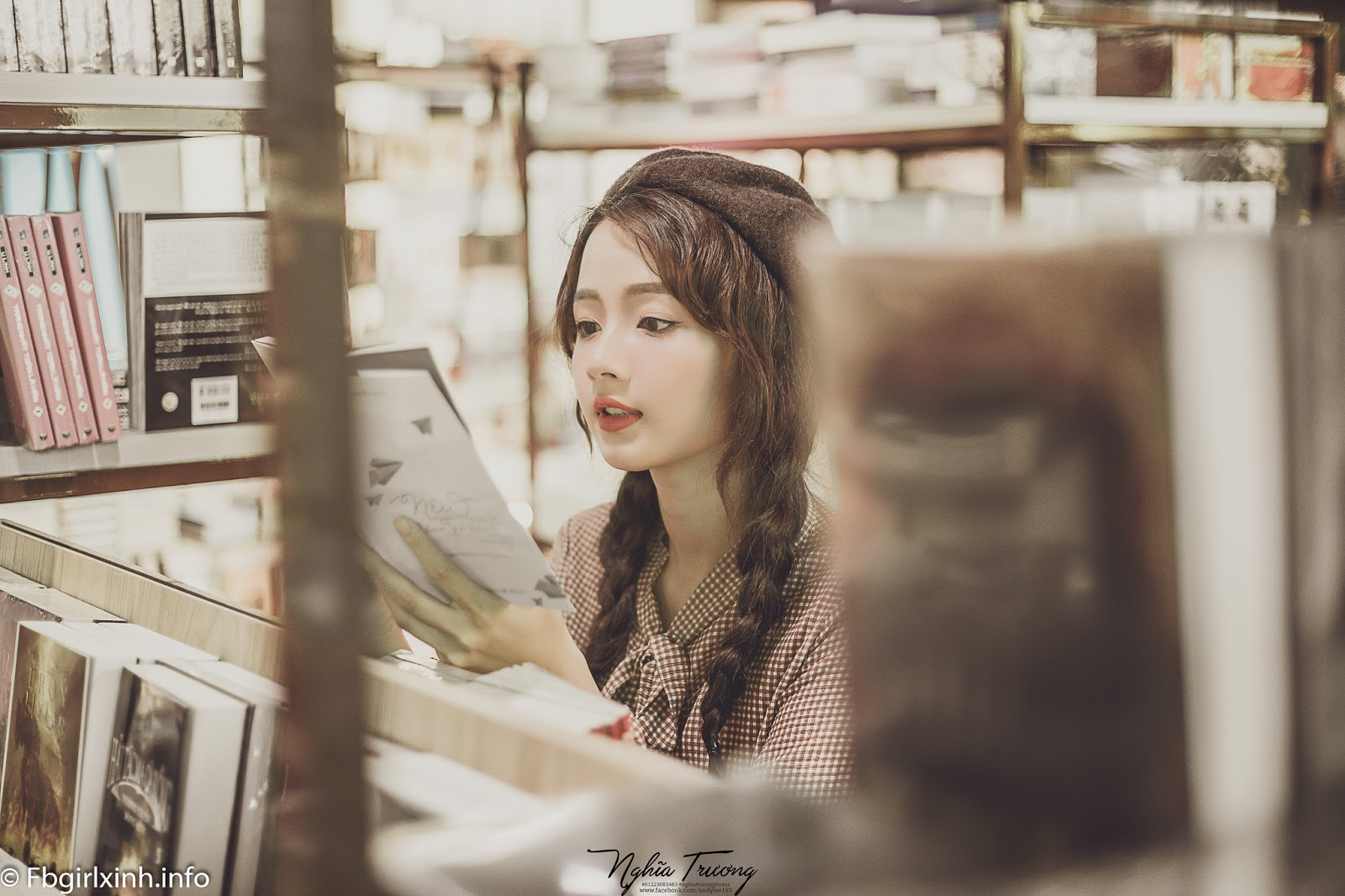 ... Vẻ đẹp búp bê của hot girl ảnh thẻ Hương Lê ...