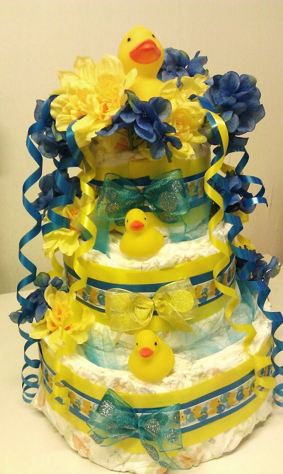 Adriana's Creations: FLORAL DIAPER CAKES