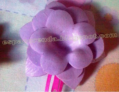 Flor em EVA lilás