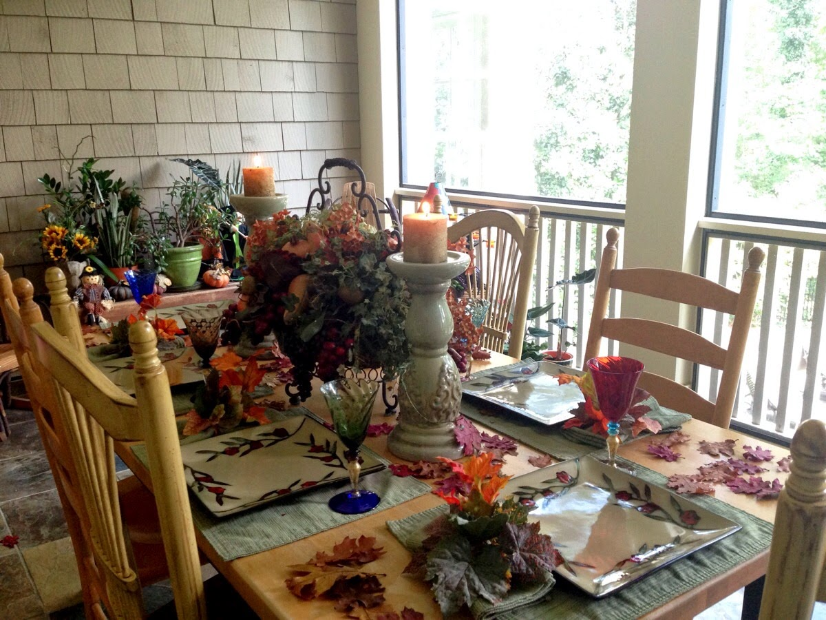 Interior Design: Deck out Your Porch for Fall and Halloween