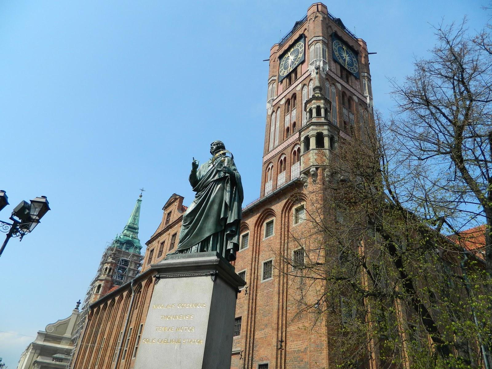 pomnik-Kopernika-Toruń