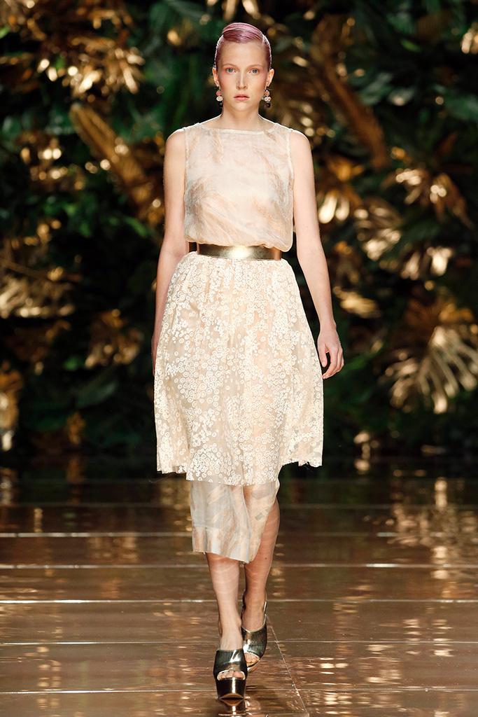 Runway duyos spring 2018 madrid fashion week cool chic - Madrid chic style ...