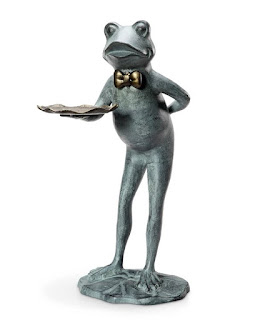 Frog Butler Bird Feeder