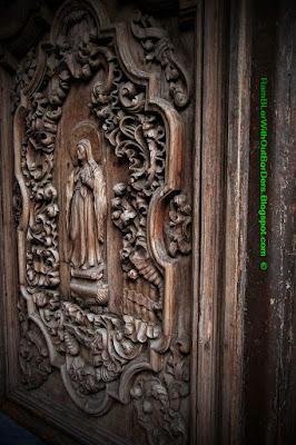 wooden door, san augustin church, Intramuros, Manila, Philippines