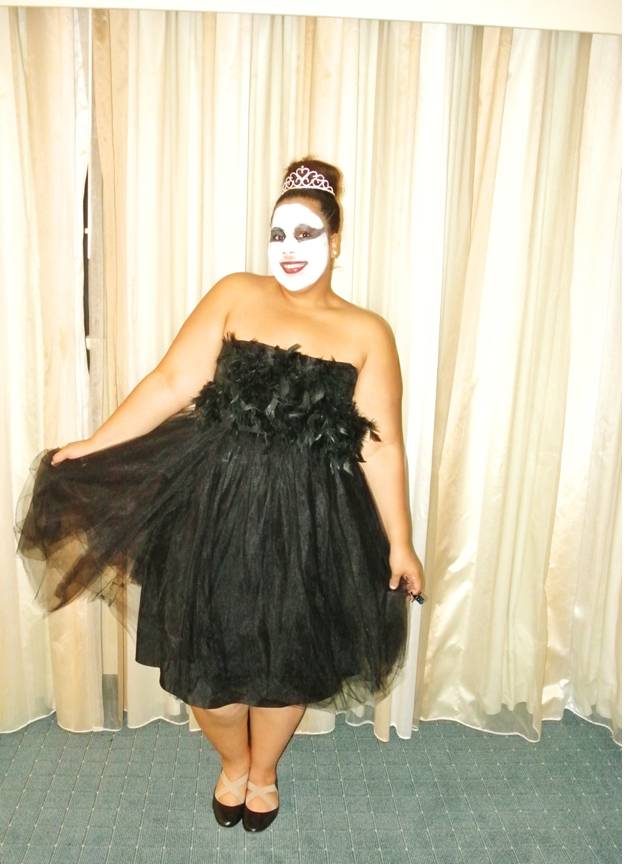 Plus Size Halloween Costume, Black Swan